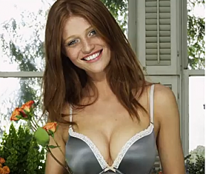 A Push-Up Bras For Teenage Girls That Is On The Market [VIDEO]