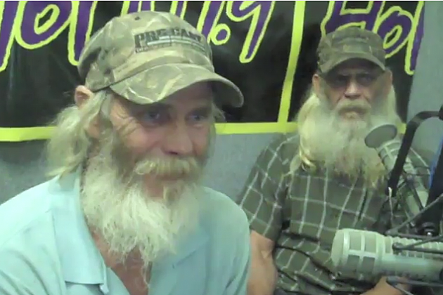 swamp people brothers glenn and mitchell guist
