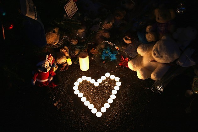 louisiana governor bobby jindal calls for a statewide moment of silence in memory of sandy hook shooting victims