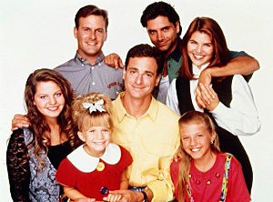 39 full house 39 revival with original cast members in the works. Black Bedroom Furniture Sets. Home Design Ideas