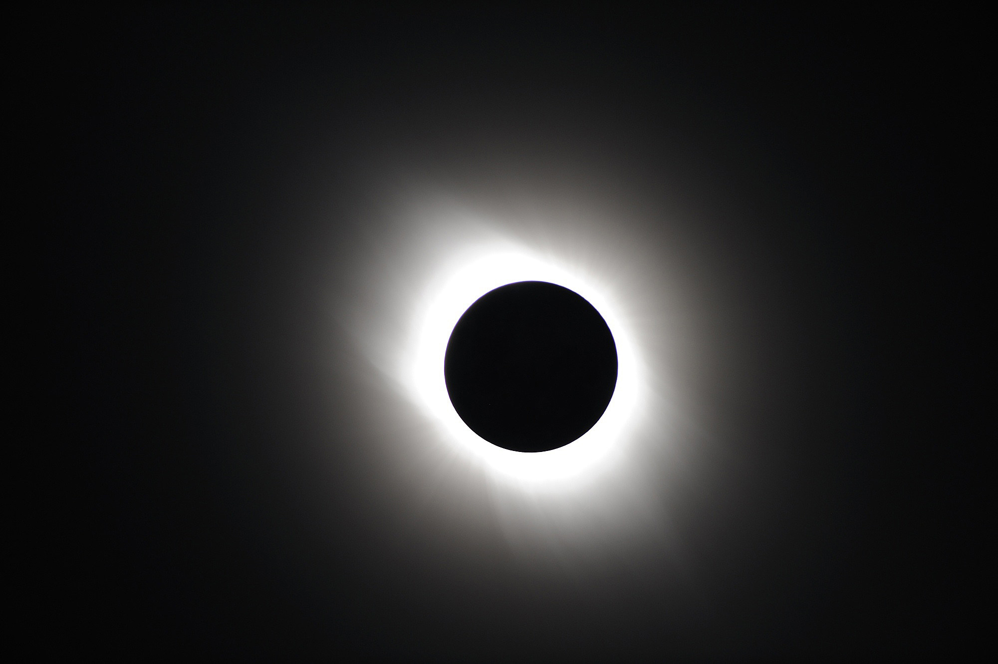 Here Is Your Last Minute \u0027Total Solar Eclipse For Dummies\u0027 Cheat Sheet